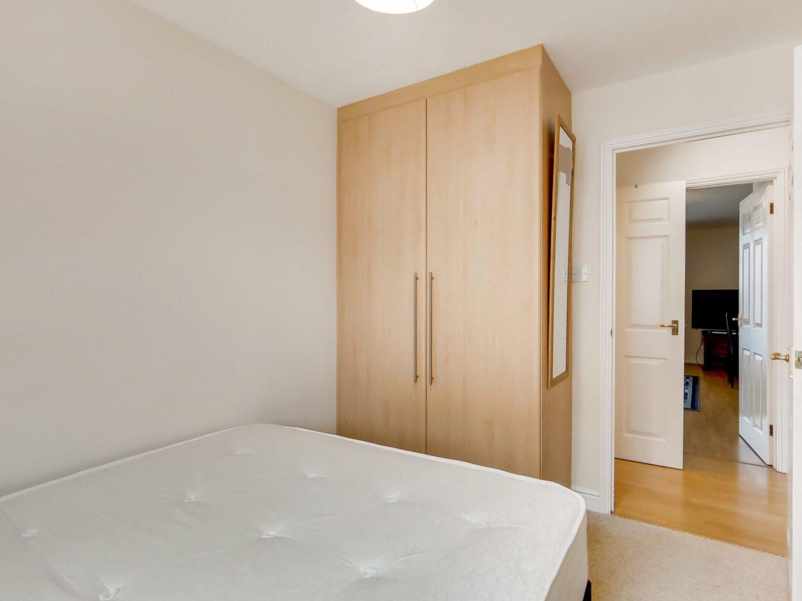 5_Bedroom 2-0