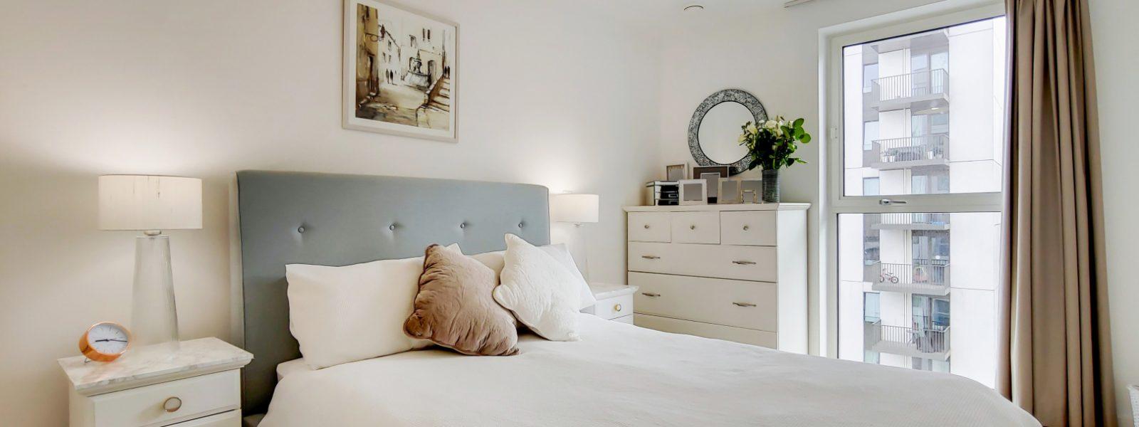 5_Main Bedroom-0