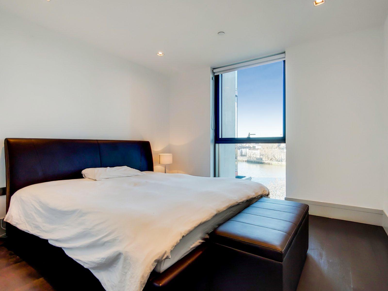 6_Main Bedroom-1